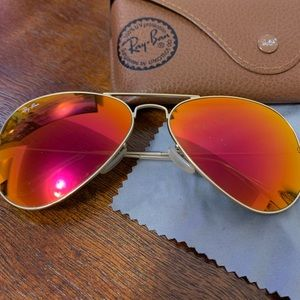 Authentic Aviator RAY-BAN Sunglasses